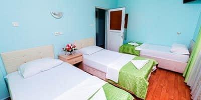 İslami aile oteli yatak odası