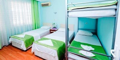 Apart ev yatak odası