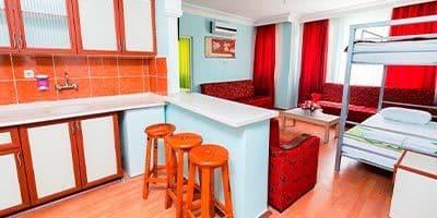 en ucuz ücretli aile odası olan apart