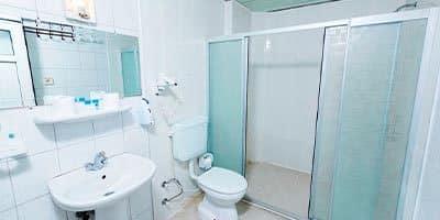 merkez apart oteli banyosu
