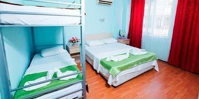En uygun Nehir otel yatakları ve ranza sistemi