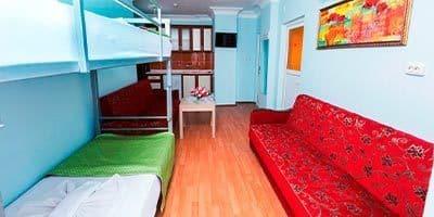 Konforlu ve yataklı oturma odası