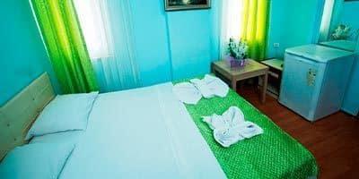 İslami aile otele ait yatak odası